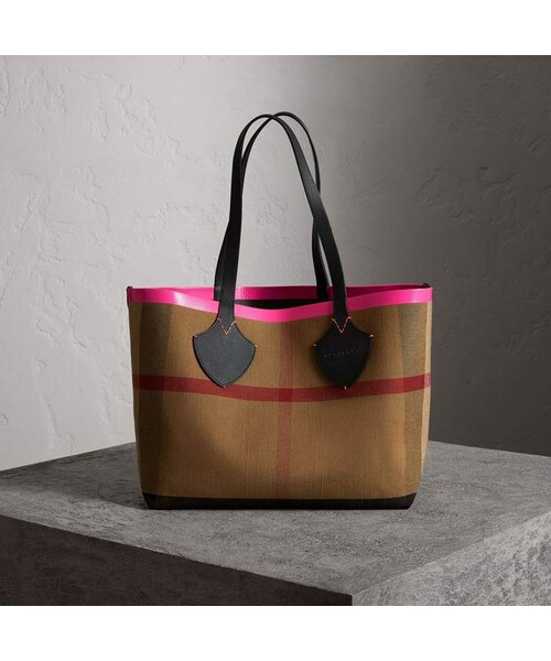 7f5d2a87bc Burberry,Burberry The Medium Giant Reversible Tote in Canvas and Leather -  WEAR