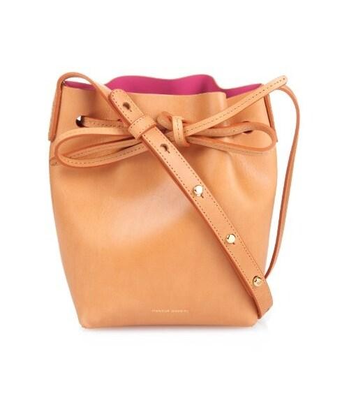6fe47b330131 Mansur Gavriel(マンサーガブリエル)の「Mansur Gavriel Mini Mini pink-lined leather  bucket bag(ショルダーバッグ)」 - WEAR