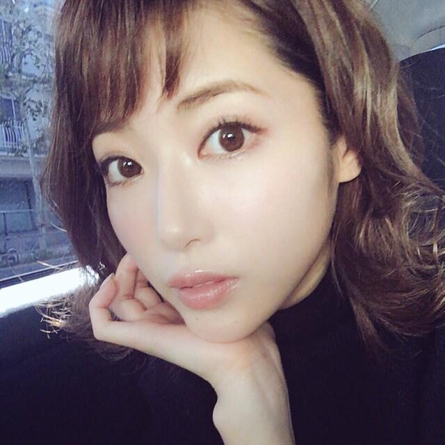 舟山久美子の自撮り画像