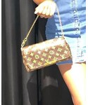 LOUIS VUITTON | (Handbag)