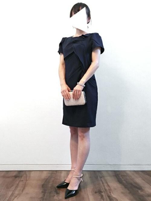 パーティードレス通販GIRLGIRL_staffさんのドレス「アシンメトリーラッフル結婚式ワンピース - 二次会・成人式・同窓会・謝恩会・お呼ばれ対応フォーマルパーティードレス(GIRL|ガール)」を使ったコーディネート