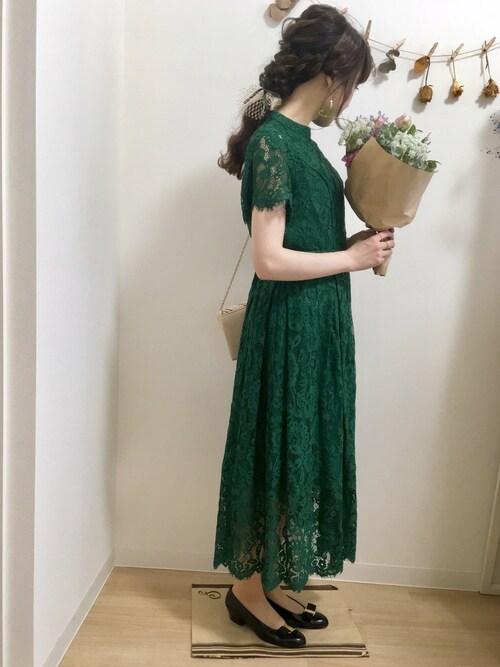 遠方の結婚式服装