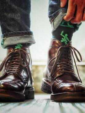 ジーンズに似合う革靴・色・おすすめのコーディネート|靴下