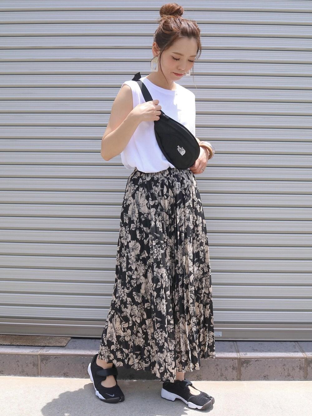 ティティベイト 40代前半向け 洋服 スカート