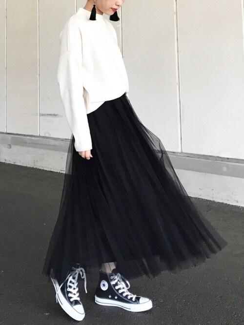 チュールスカートで大人フェミニンスタイル