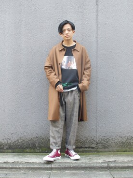 "A WHO'S WHO gallery 京都寺町店 employee kento   is wearing WHO'S WHO gallery ""BIG ステンカラーコート"""