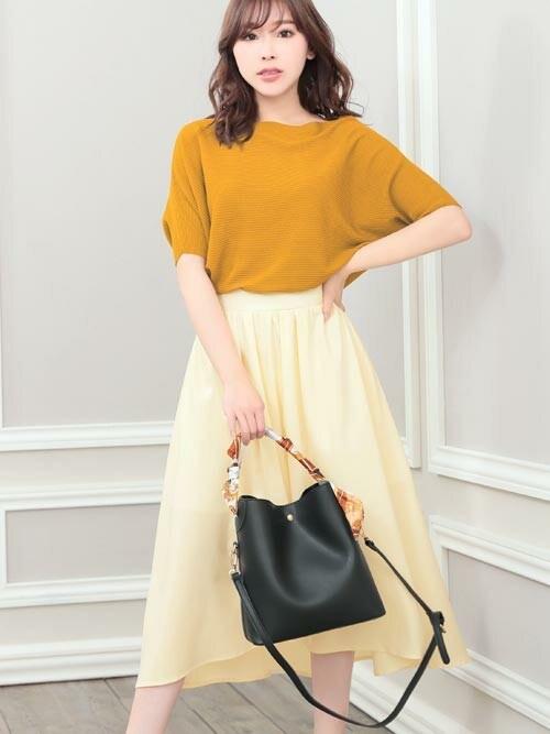 レディースファッション通販NinaNina(ニーナ)さんのTシャツ/カットソー「ゆるシルエット5分袖ライトニットトップス(Nina ニーナ)」を使ったコーディネート