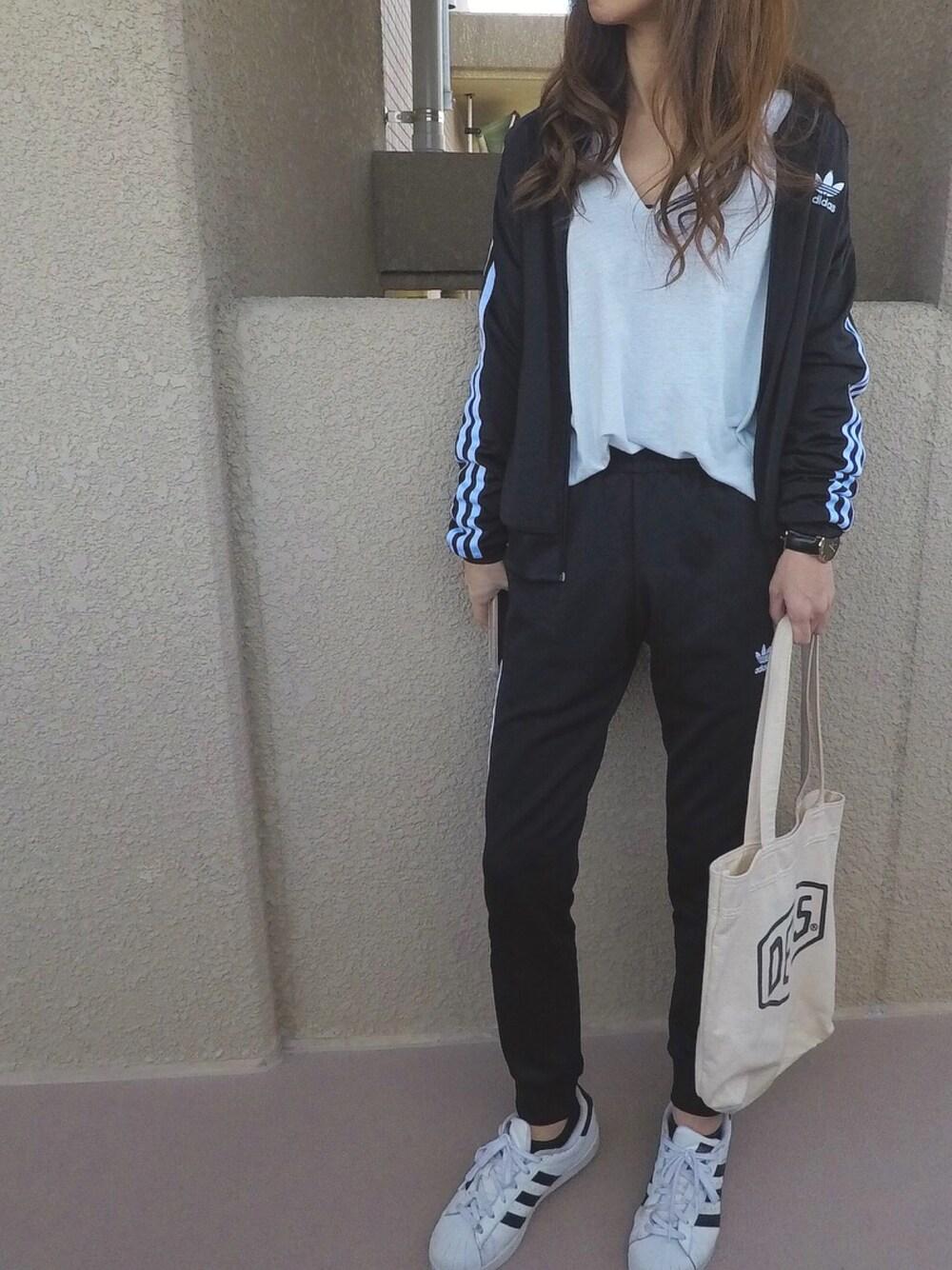 https://wear.jp/yaamin0808/12100658/