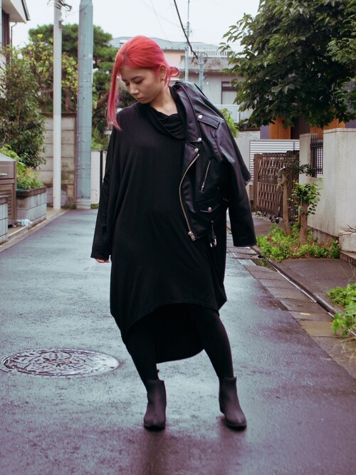 "LovelyBlasphemy is wearing UNIF ""Daria Boots"""