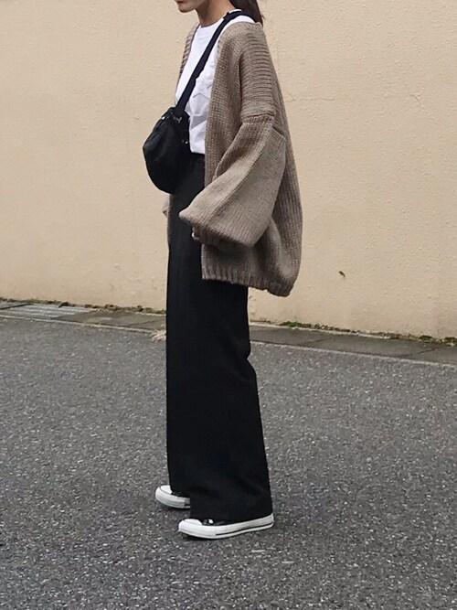 Ayaさんの「【MUVEIL×CONVERSE】スターパッチ Tシャツ A2896UTS917(MUVEIL)」を使ったコーディネート