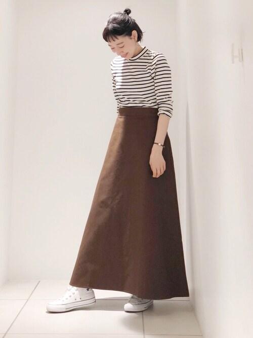 koeやまさんのスカート「チノマキシスカート(koe|コエ)」を使ったコーディネート