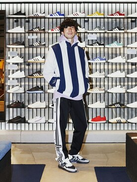 d6f13a95ebae adidas Originals Flagship Store Tokyo|adidas Originals Staffさんの「ストライプ  ウィンドブレーカー