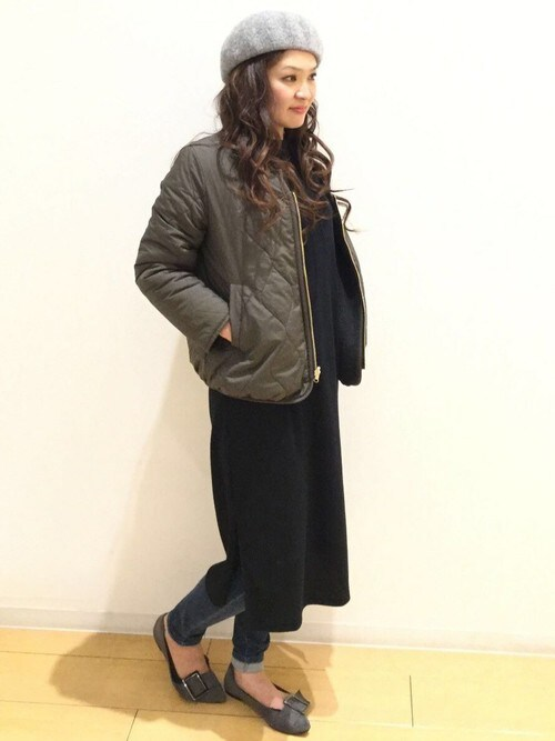 ikka STOREikka STORE Women's STAFFさんのパンツ「ボンディングスキニーパンツ(ikka|イッカ)」を使ったコーディネート