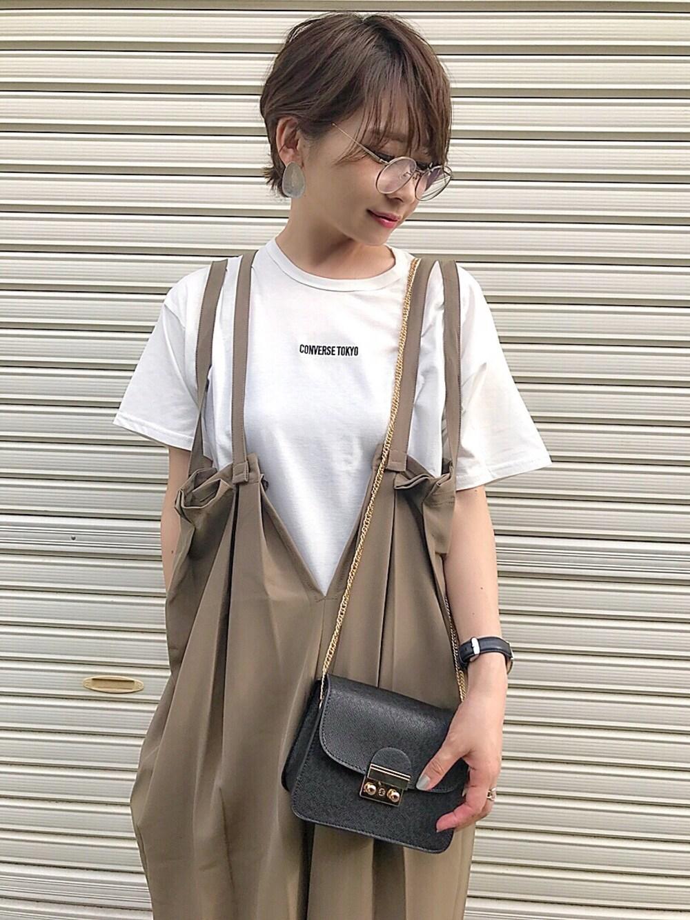 ロゴTシャツ コーデ コンバース シンプル おしゃれ