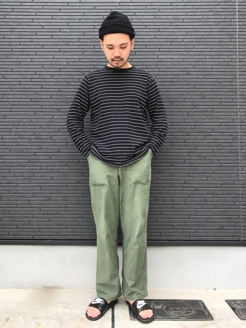黒とグリーンの男らしい着こなし 画像1