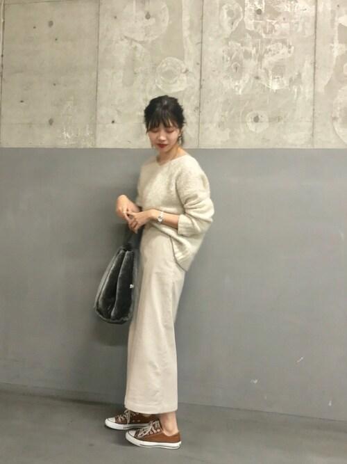 ViS ディアモール大阪naoさんのスカート「太コーデュロイロングスカート(ViS|ビス)」を使ったコーディネート