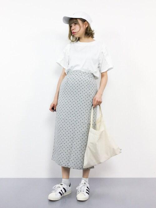 ZOZOTOWNENAさんのTシャツ/カットソー「フリルラインTシャツ1652(merlot|メルロー)」を使ったコーディネート