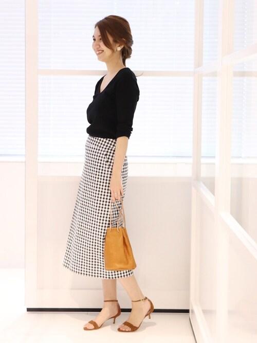 Spick & Span 本社tomoさんのスカート「ギンガムストレッチスカート◆(FRAMeWORK|フレームワーク)」を使ったコーディネート