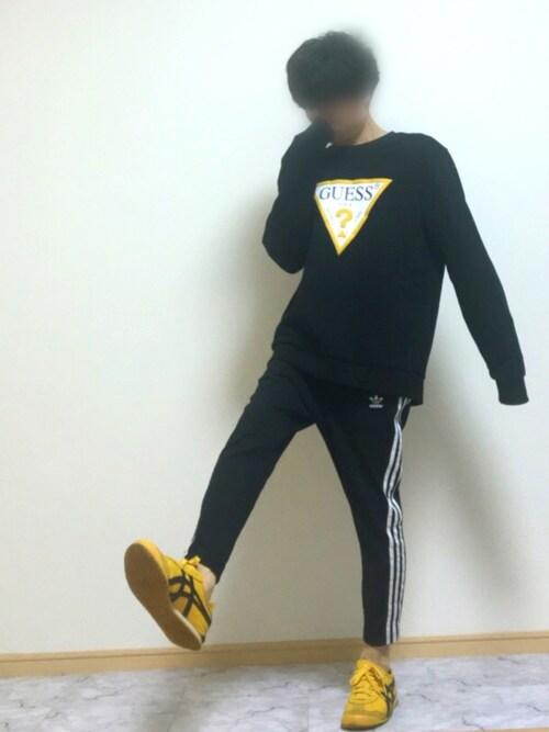 yu〜さんの「TRIANGLE LOGO CREW SWEAT(Guess)」を使ったコーディネート