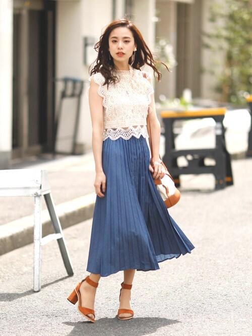girlydollさんのスカート「ジョーゼットロングプリーツスカート(Girly Doll|ガーリードール)」を使ったコーディネート