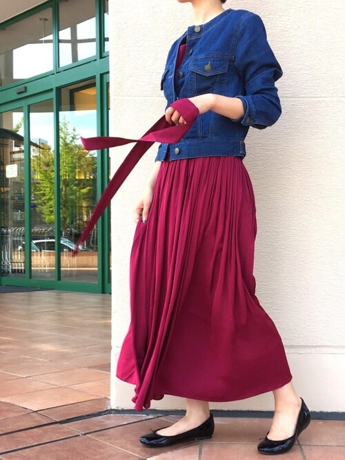 PICCINPICCIN  百道浜店さんのデニムジャケット「ノーカラーストレッチデニムジャケット(PICCIN|ピッチン)」を使ったコーディネート
