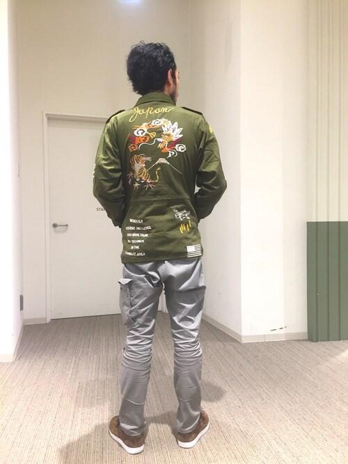 AVIREX富士見KJさんの「( )」を使ったコーディネート