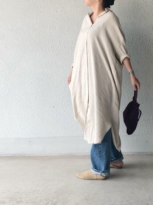 a.megumiさんの「麻混素材ロングシャツ(antiqua)」を使ったコーディネート
