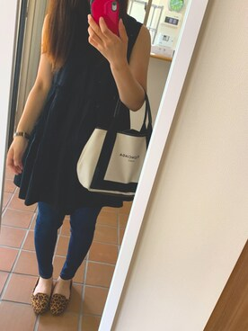 o.mikaさんの「Balenciaga Cabas Leather-Trimmed Canvas Tote(Balenciaga)」を使ったコーディネート