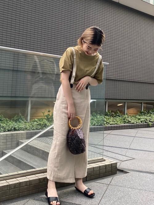 ピスタチオカラーTシャツ サス付きスカート