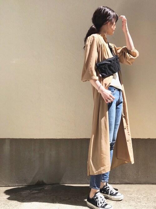 ari☆さんのワンピース「【洗濯機で洗える】バンドカラーギャザーワンピース(AZUL ENCANTO|アズールエンカント)」を使ったコーディネート
