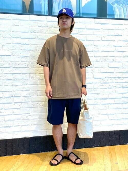 B:MING by BEAMS MENさんの「DESCENTE × B:MING by BEAMS / 別注 DAYS Land & Water Tシャツ(B:MING by BEAMS)」を使ったコーディネート