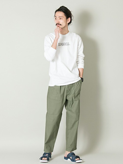 otsukiさんの「ST.MORITZ SUPERSOFT CLASSIC LONG SLEEVE TEE(URBAN RESEARCH)」を使ったコーディネート