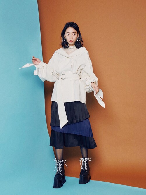 PAMEO POSEさんの「Back To Front Lace Blouse(PAMEO POSE)」を使ったコーディネート