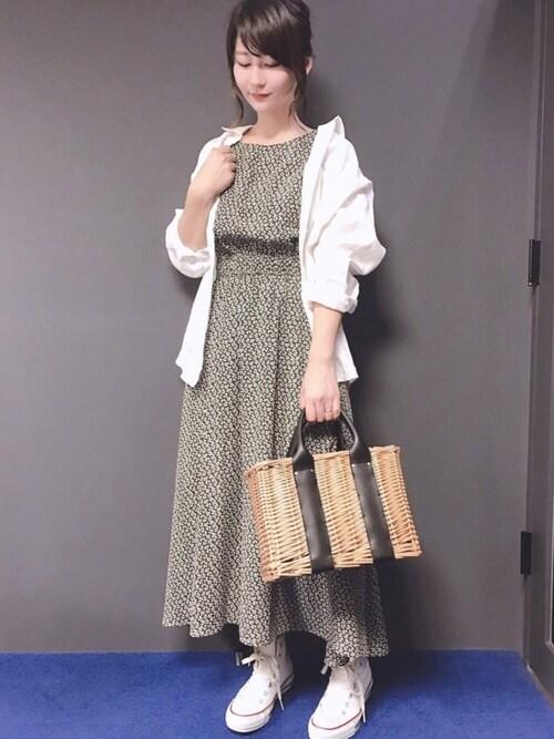 本社MiZUKiさんのワンピース「花柄ロングワンピース(natural couture|ナチュラルクチュール)」を使ったコーディネート