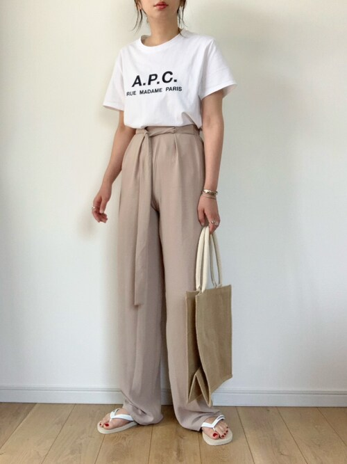 https://wear.jp/moimaru6/19400381/