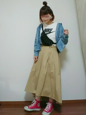 "yuu is wearing NIKE ""NIKE FUTURA ICON T"""