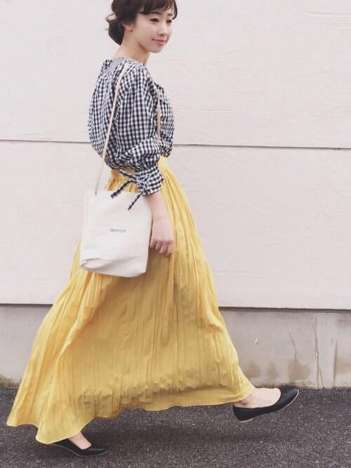 ギンガムチェック 30代向けコーデ レモン色 ロングスカート