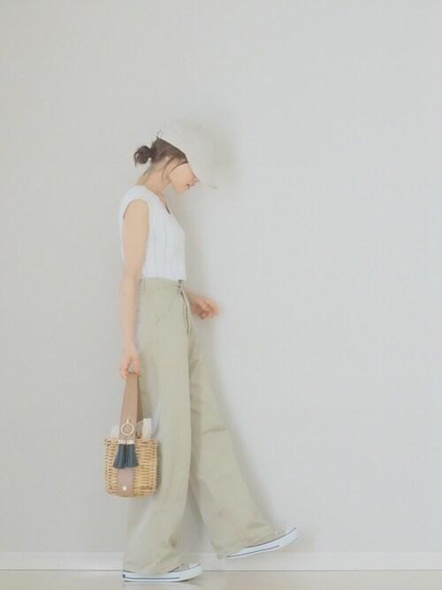 田中亜希子さんのニット/セーター「デザインVネックサマーニット(fifth|フィフス)」を使ったコーディネート