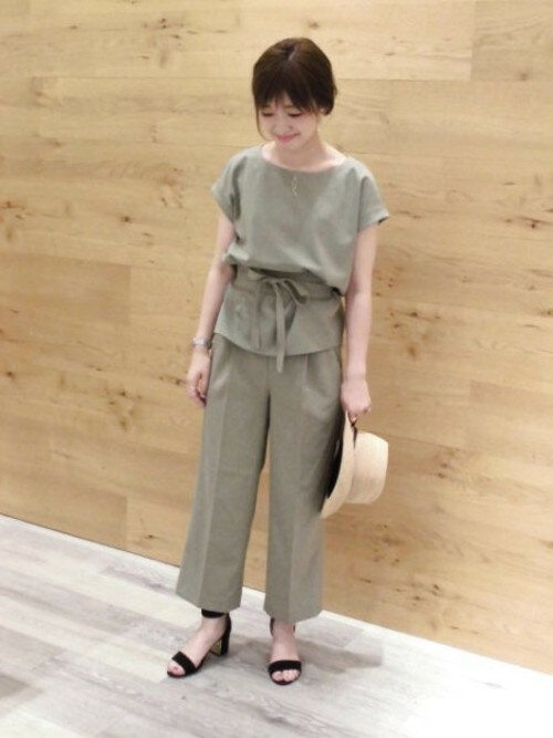 結婚式服装コーデ20代