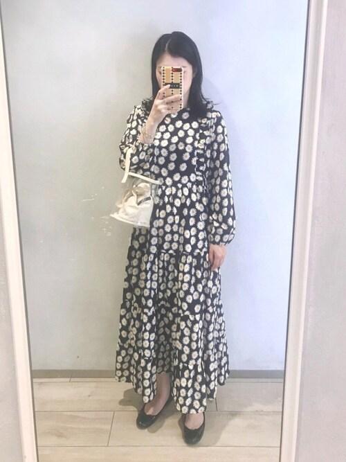 https://wear.jp/sp/m12a20i/14713614/