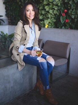 "SK is wearing Madewell ""Madewell 'Perfect' Chambray Shirt"""