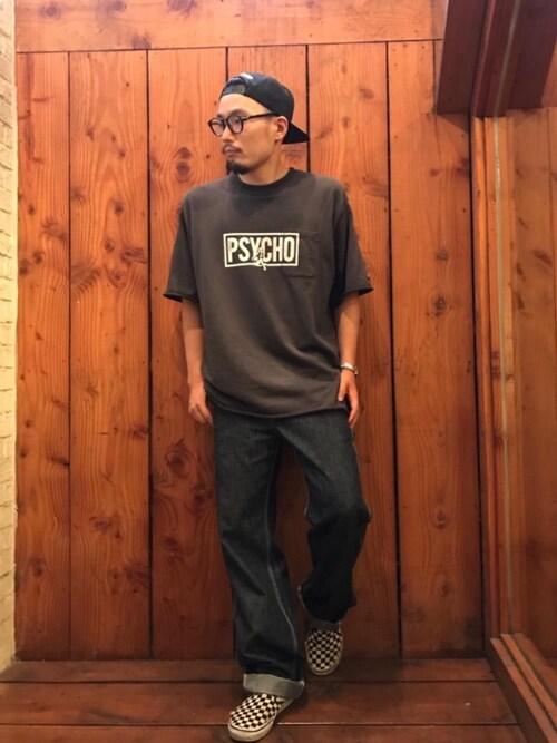 HYSTERIC GLAMOUR渋谷店DUKASHUNさんのキャップ「HYS WHISKY柄 刺繍キャップ(HYSTERIC GLAMOUR ヒステリックグラマー)」を使ったコーディネート