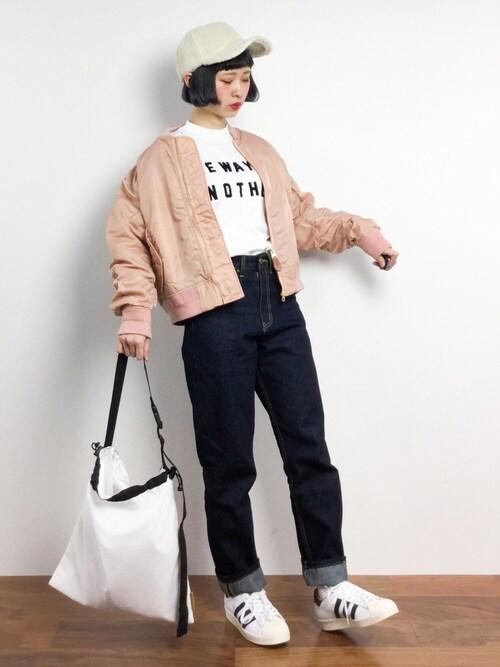 ZOZOTOWNチョコビさんのTシャツ/カットソー「26/-綿天竺バック釦ロゴTee(AZUL BY MOUSSY アズールバイマウジー)」を使ったコーディネート