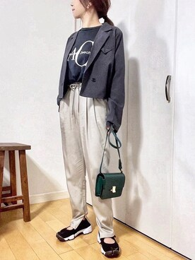 めるもさんのテーラードジャケット「ショートジャケットセットアップ(ECRIRE エクリール)」を使ったコーディネート