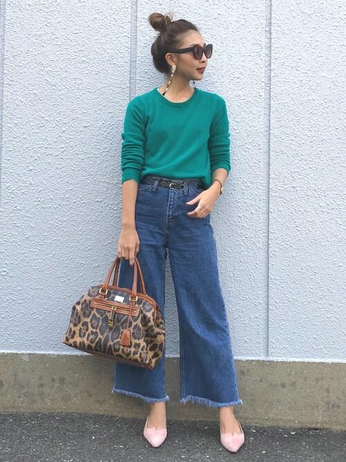 """鮮やかなグリーンが美しい""""メンズラムクルーネックセーター"""""""