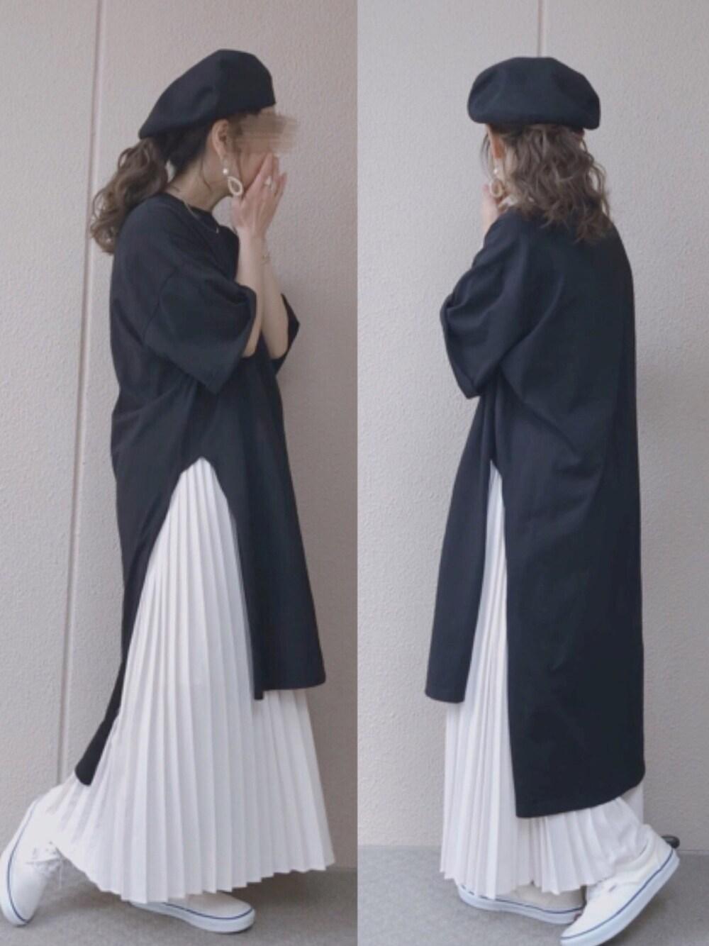 Tシャツワンピ コーデ ロングプリーツスカート ベレー帽 ママコーデ 楽