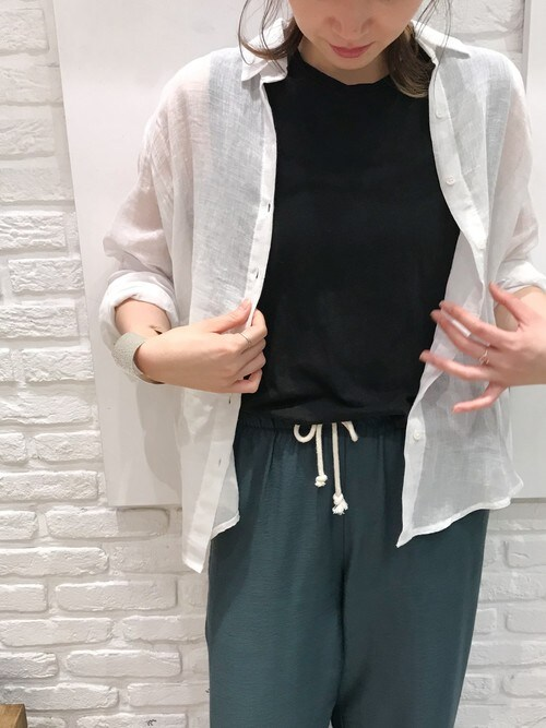 CANALJEAN 神戸店CANAL JEAN mayumiさんのシャツ/ブラウス「via j(ヴィアジェイ) リネンガーゼシャツ(via j ヴィアジェイ)」を使ったコーディネート