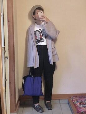 6f0c1e1741ab PRADA(プラダ)のTシャツ・カットソーを使ったレディースコーディネート一覧 - WEAR