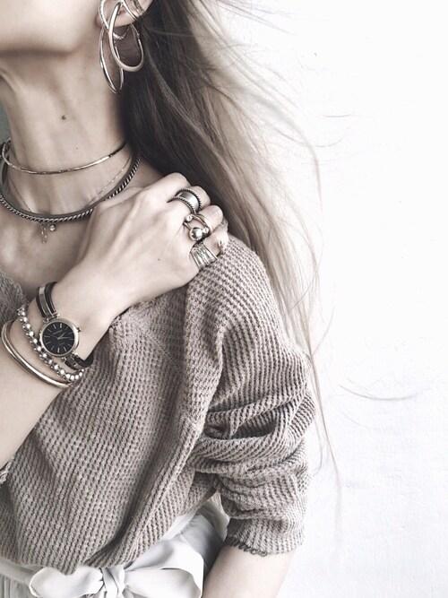 Lilyさんの腕時計「ARMITRON 腕時計 レディース アナログ ツートーン ブレスレットウォッチ(ARMITRON NEWYORK|アーミトロンニューヨーク)」を使ったコーディネート