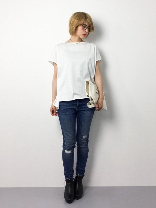 夏にぴったり清楚感のある白シャツ